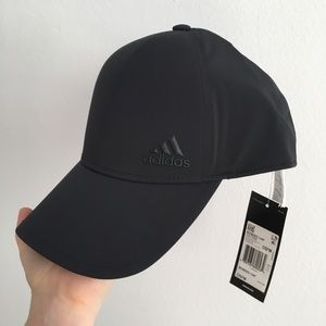 d09606533a8 adidas Accessories - Adidas black training bonded cap
